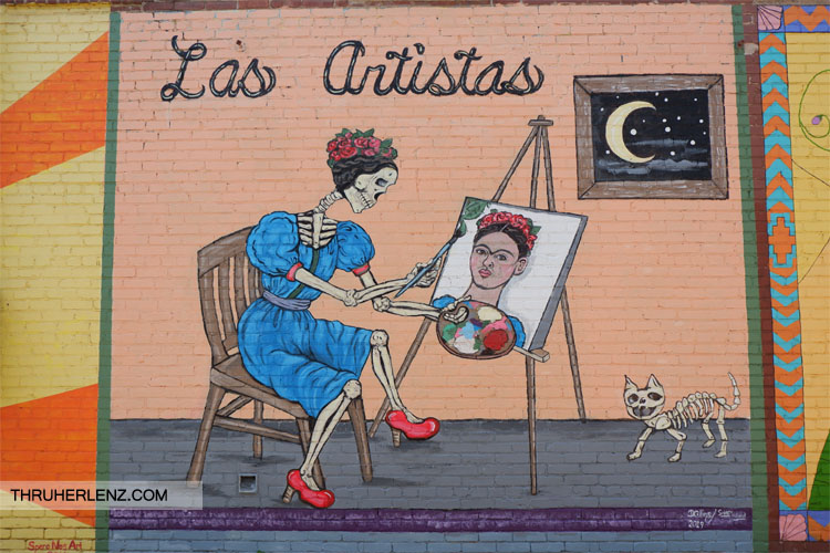 Las Artistas - painting of Frida Kahlo as a skeleton paining