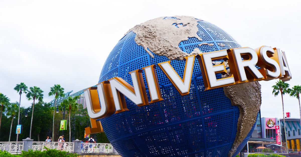 Universal studios globe in Orlando